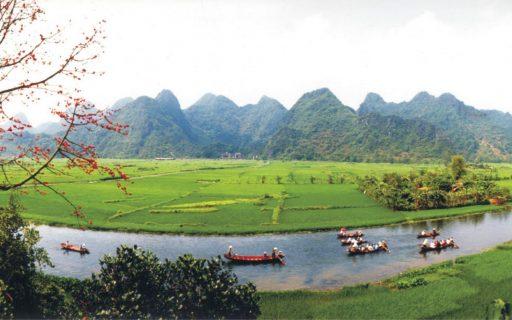 Chùa Hương – Hành trình về đất phật